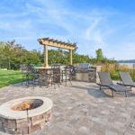 Custom waterfront home builder